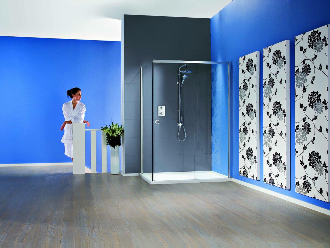 Radiance Straight Sliding Door with Side Panel and Slimline Tray - Matki